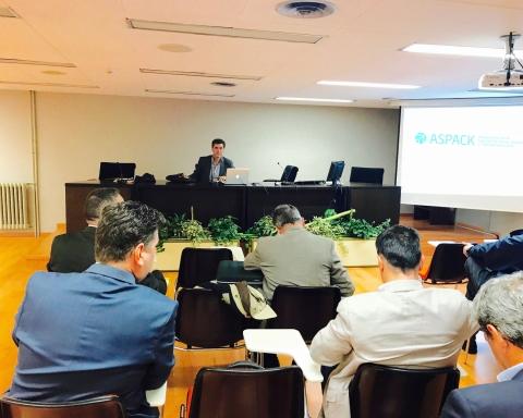 Alejandro García presidió la reunión de la Asamblea de Aspack el 14 de noviembre.