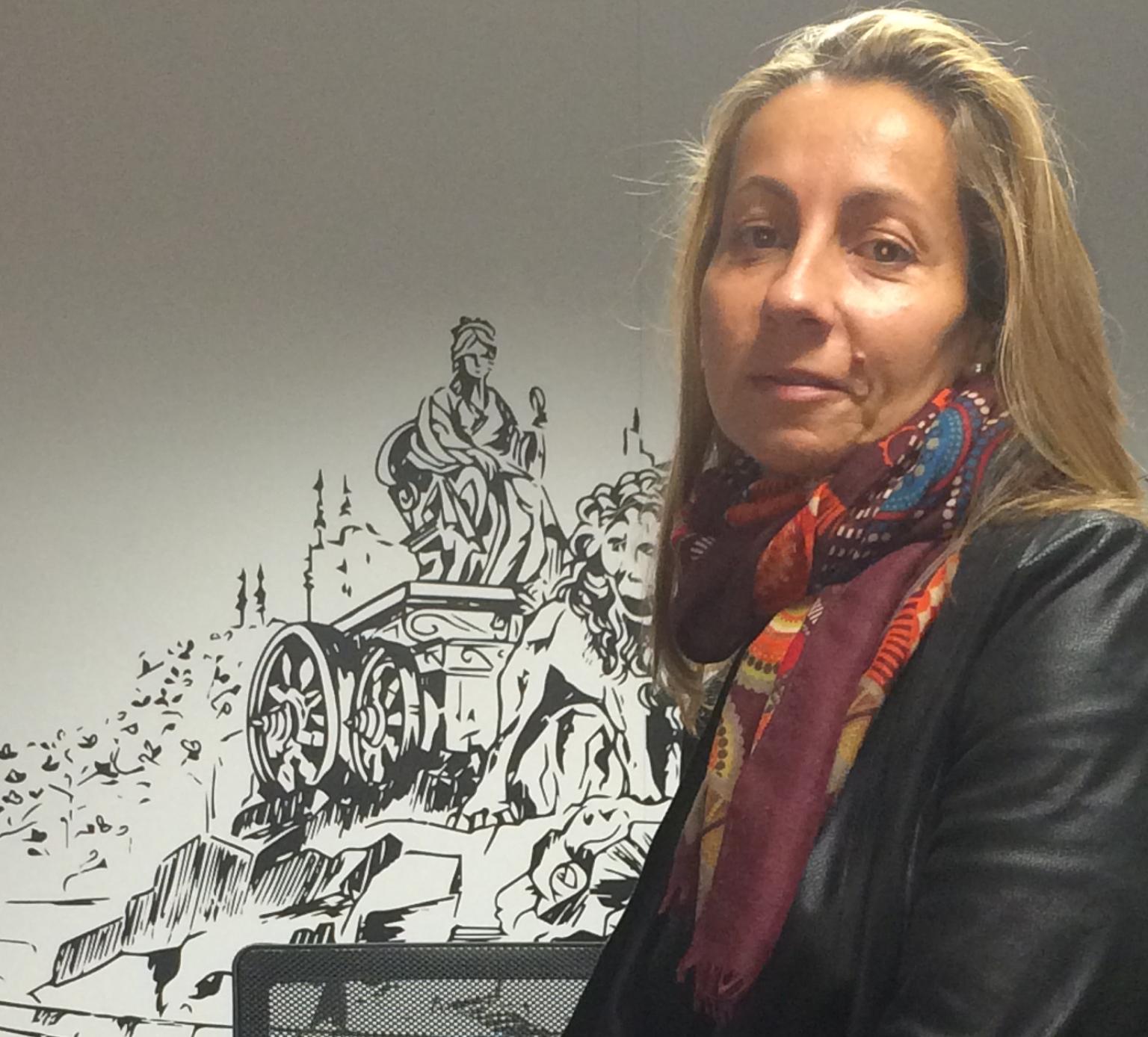 Bárbara Mendoza, directora de operaciones de perfumes Loewe.