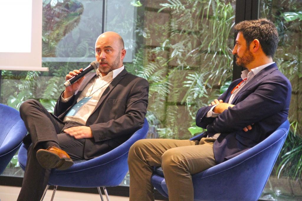 Josep Isart de la división de packaging de HP y Víctor Constan, de Cartonajes Pans.